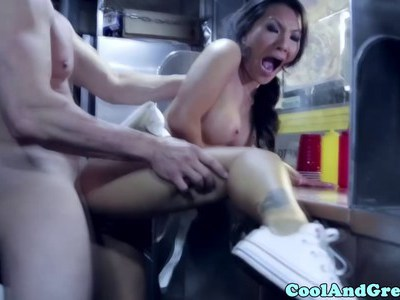 Asian babe facialized after getting plowed