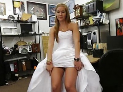 Girl pawns her wedding dress and rammed