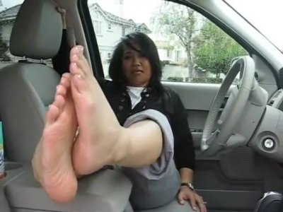 Asian MILF Feet JOI